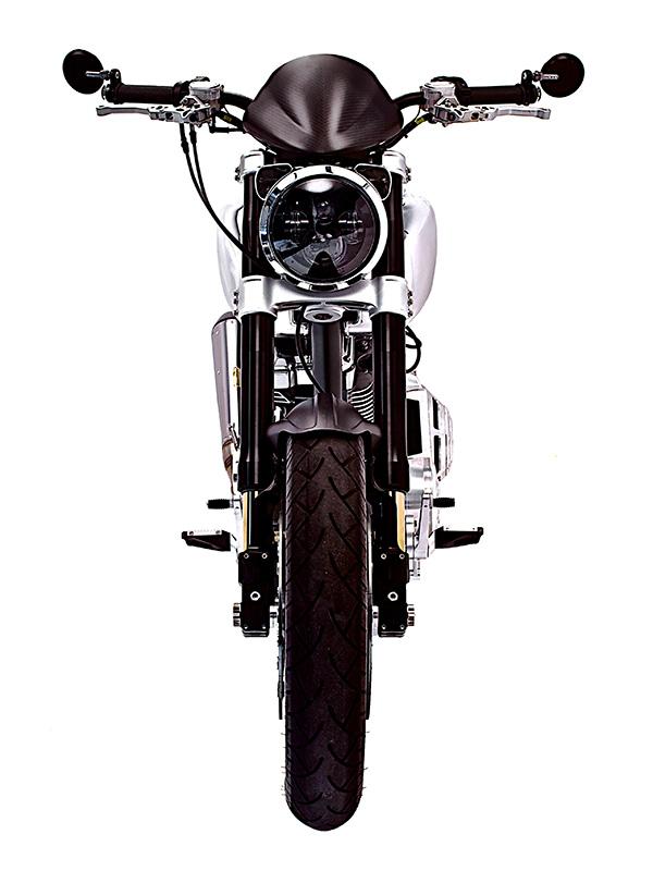 Arch Motorcycle KRGT-1 Davanti