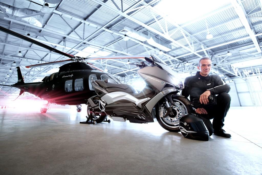 Yamaha TMAX Hyper Modified Ludovic Lazareth Elicottero