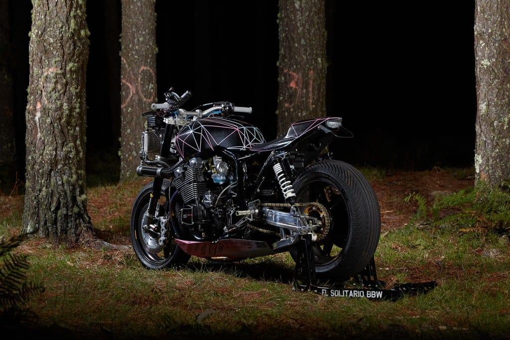 Yamaha XJR1300 Big Bad Wolf El Solitario Tre Quarti Posteriore Sinistro