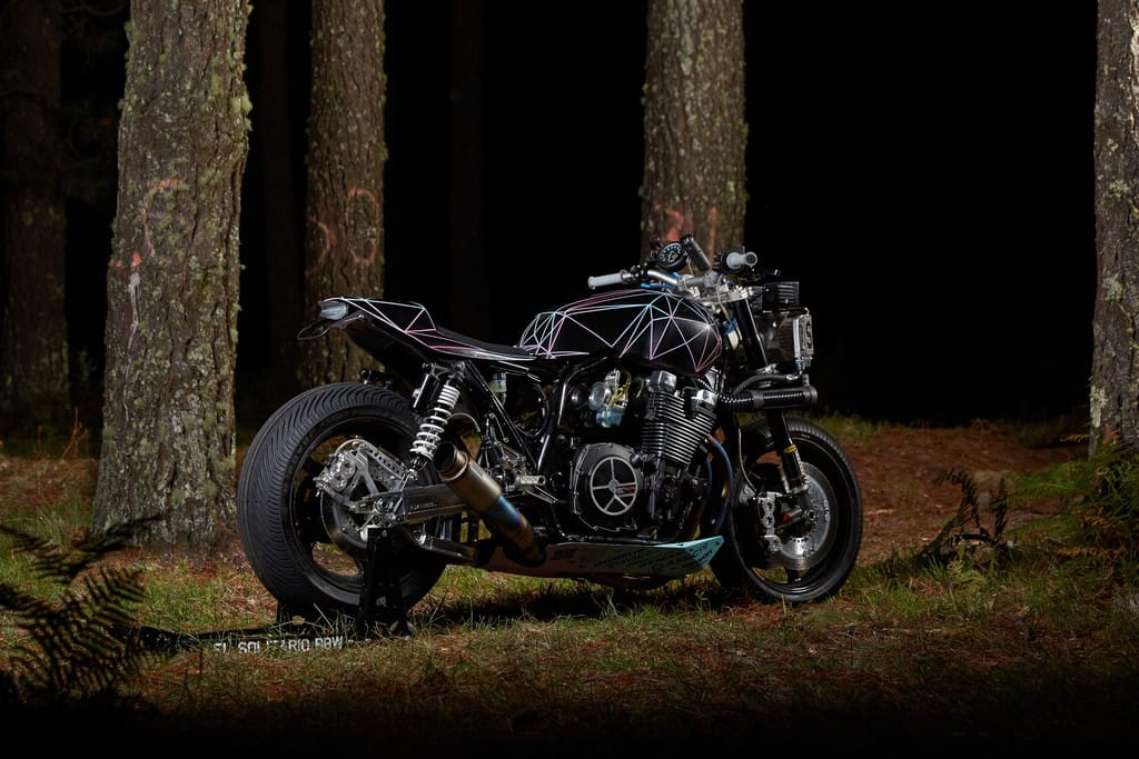 Yamaha XJR1300 Big Bad Wolf El Solitario Tre Quarti Posteriore