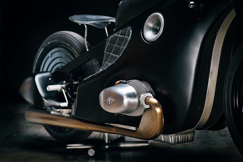 BMW Landspeeder 10