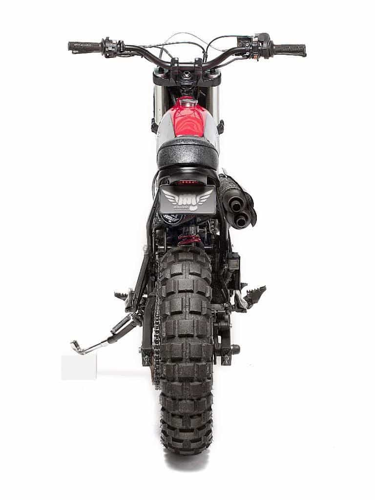 Honda NX650 Dominator Retro Scrambler Dietro