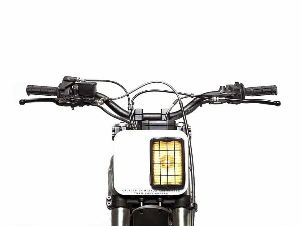 Honda NX650 Dominator Retro Scrambler Fanale