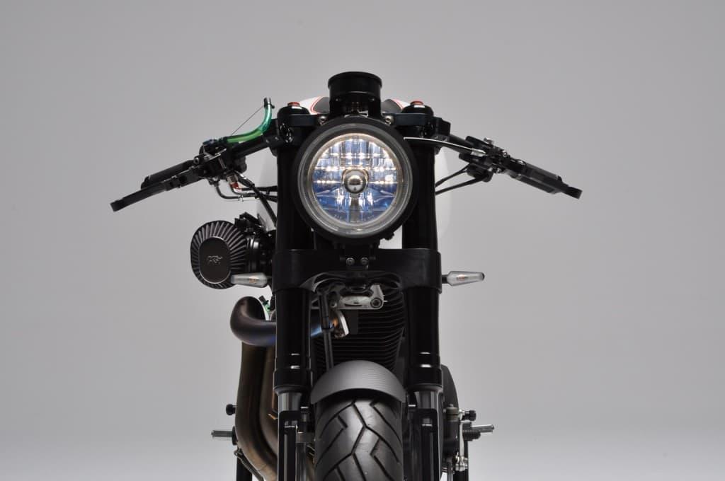 Bott XC1 Cafe Racer Davanti
