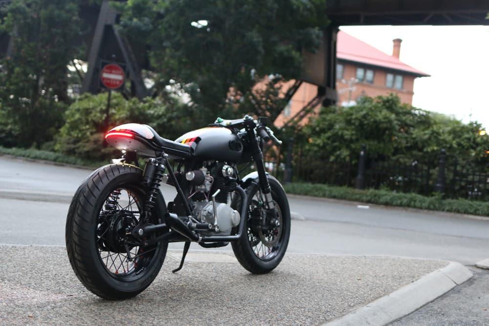 Honda CB350 FOX Cognito Moto Dietro