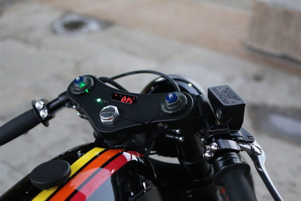 Honda CB350 FOX Cognito Moto Strumentazione