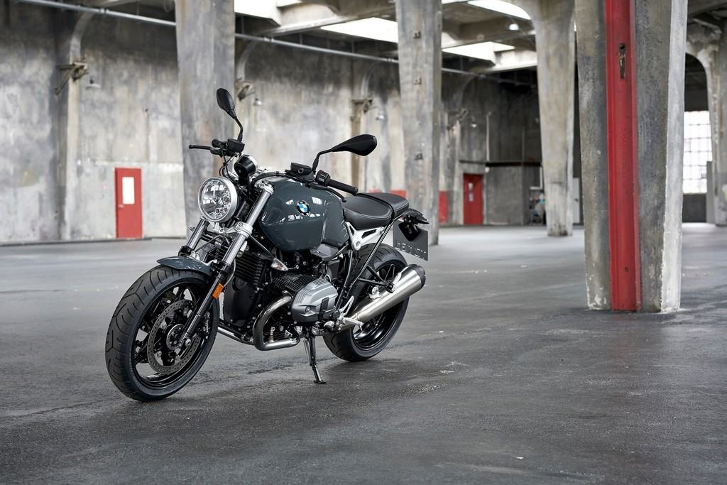 BMW Motorrad New Heritage 5