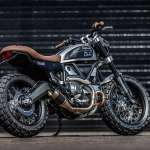 Ducati Scrambler Double Scoop Down e Out Cafe Racers Tre Quarti