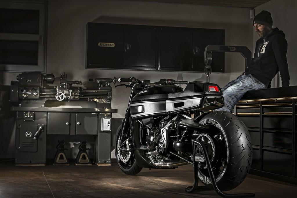 Ducati XDiavel Thiverval Fred Krugger Tre Quarti Posteriore