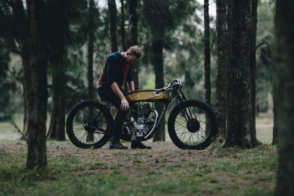 Royal Enfield Board Tracker 04