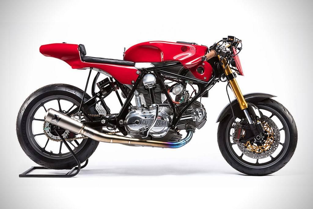 Alpinestar 55th Ducati 750 Sport 01