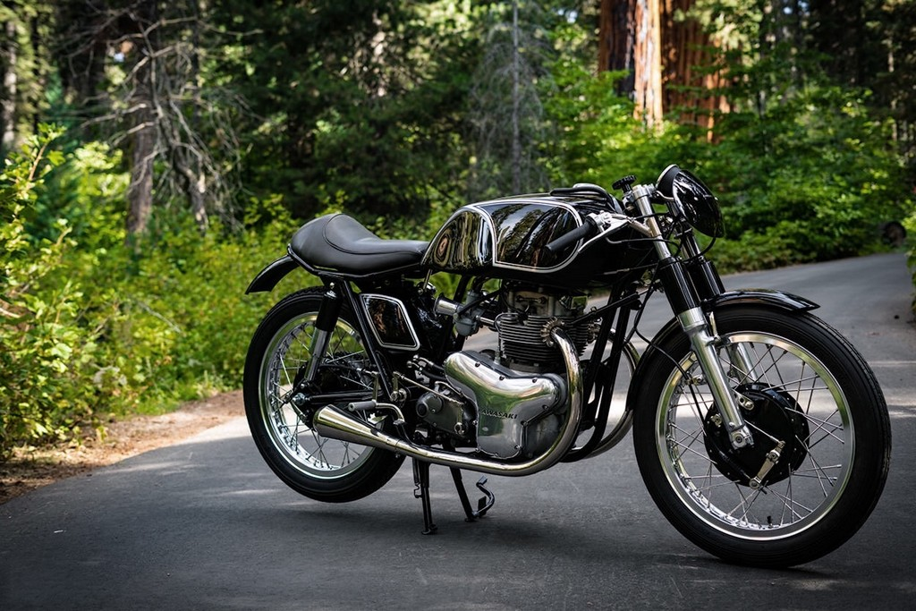 Raccia Motorcycles W1R 04