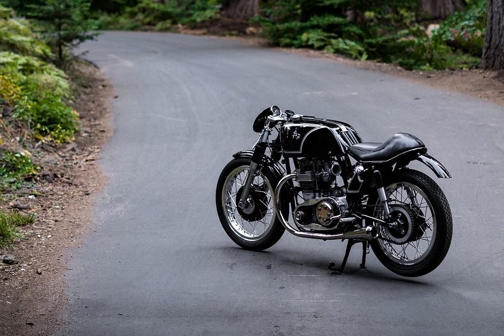 Raccia Motorcycles W1R 06