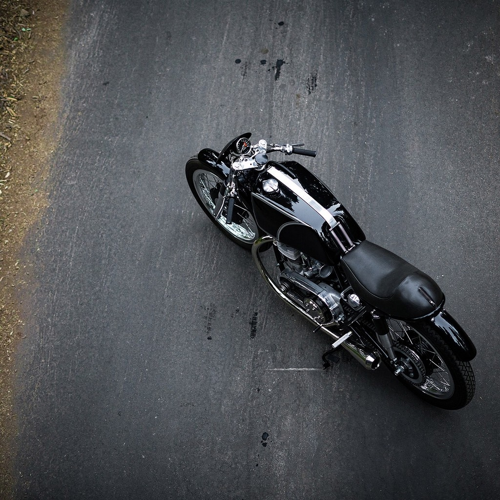 Raccia Motorcycles W1R 09